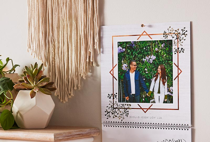 How To Make a Custom Wall Calendar In 6 Simple Steps | Shutterfly